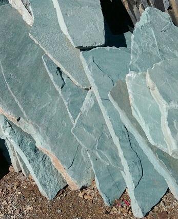 عرضه انواع سنگ ورقه ای سبز رنگ